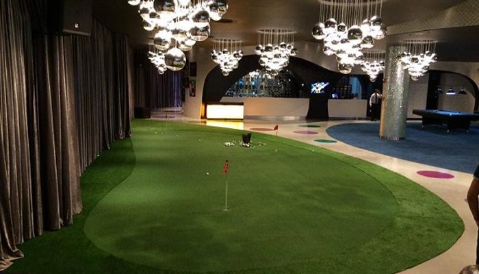 Lợi ích thi công sân golf mini trong nhà đối với các golfer