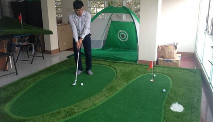 Sân tập golf trong nhà